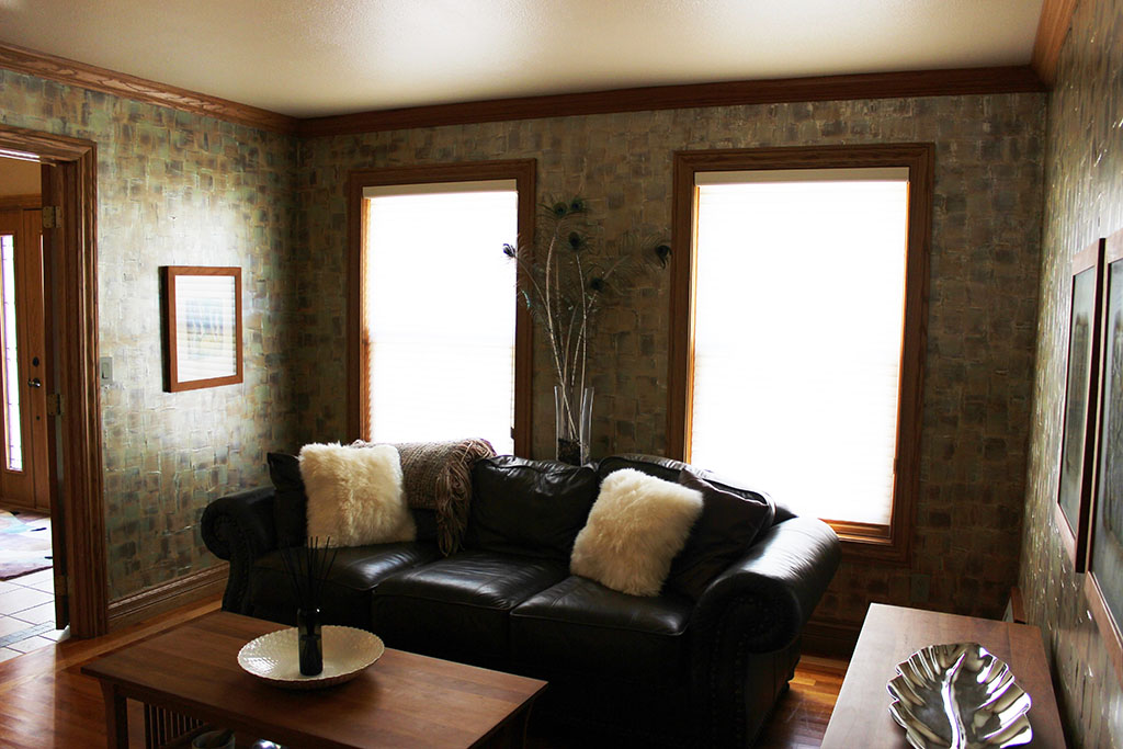 Living Room-(Yetter) Multi layered metallic wax combined for a textured, modern look! (2)